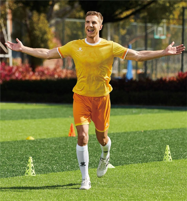 卡尔美足球服套装2021新款足球训练服球衣kelme定制印8151ZB1001、8151ZB3001